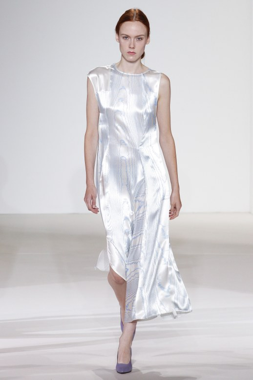 A2F NYFW S/S 2018 Bright Whites Victoria Beckham