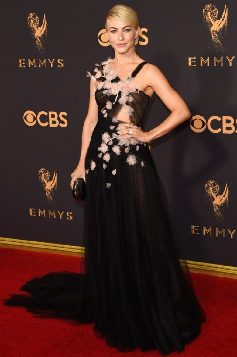 A2F Best Dressed: Julianne Hough in Marchesa