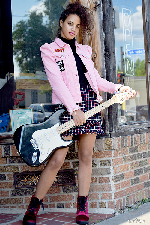 Back To School Fashion 2017: Band Geek, P1, L2. Photo Credit: Mechelle Avey. Slay The Books Looks Back to School Fashion 2017 Look 2. Alwaysuttori.com