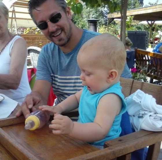 papadag kinderstoel bij de sfeerstal