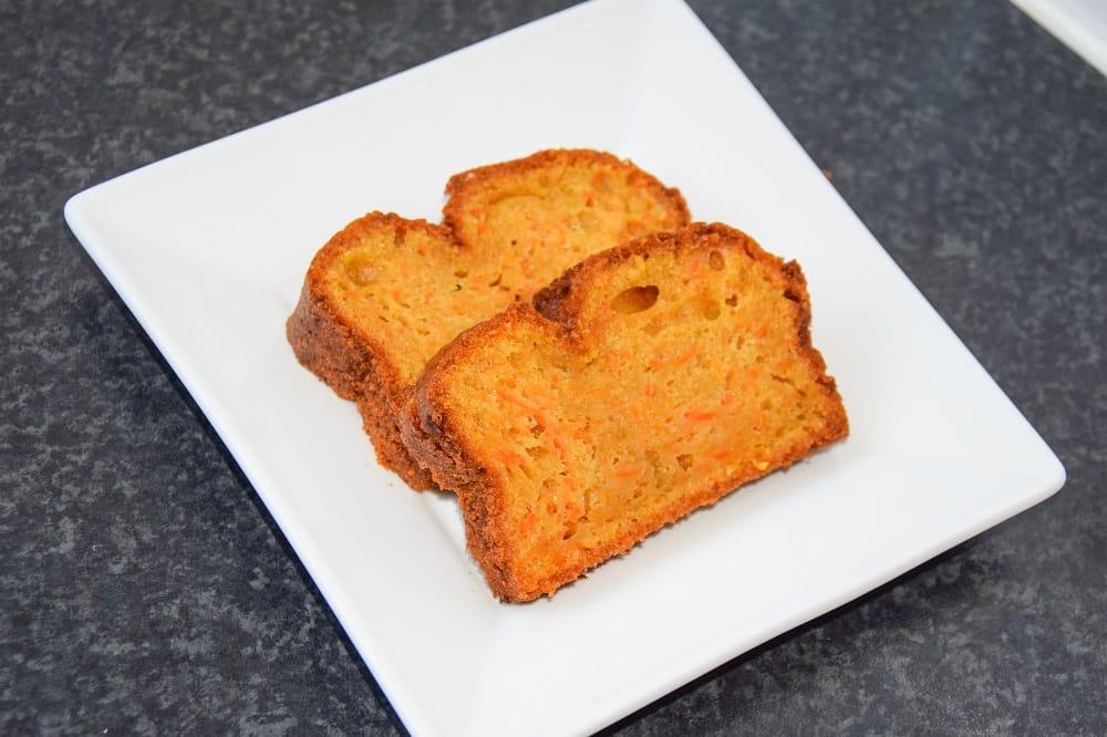 boordevol-wortel-redelijk-gezonde-wortelcake