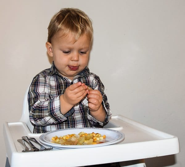 knolraap-knolselderij-kind-eet