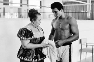74 yaşındaki Muhammed Ali, cuma günü Louisville'de toprağa verilecek.