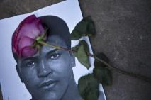Efsane boksör Muhammed Ali'nin naaşı doğup büyüdüğü kent Louisville'e getirildi. Cuma günü toprağa verilecek Muhammed Ali için ABD'nin dört bir yanındaki Müslümanlar dua etti.