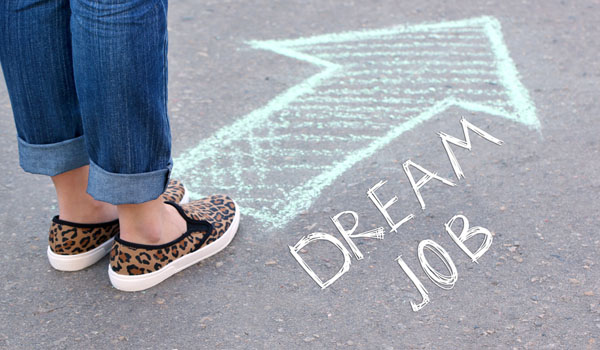 10 Killer Tricks To Land Your Dream Job