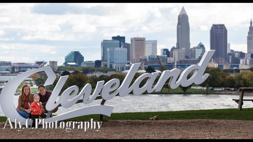 Family portraits with Cleveland | The Wadds