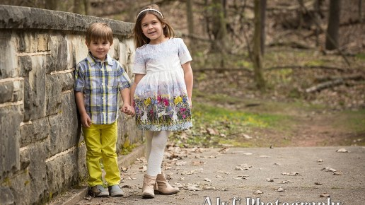 Outdoor Easter Family Portraits | Landri & Easton