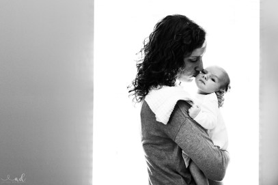 Indiana/Kentucky Newborn Lifestyle Photographer