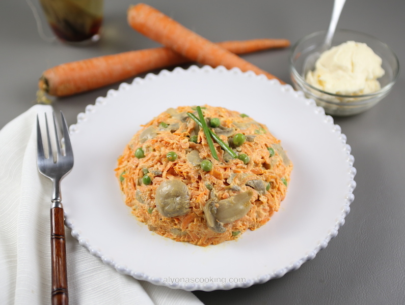 carrot salad, creamy carrot salad, canned mushrooms, creamy mushroom carrot salad, mayonnaise, Ukrainian carrot salad, carrot salad