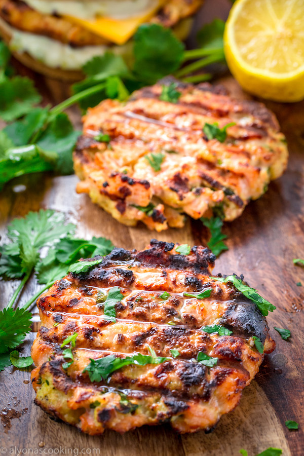 how to cook salmon burgers