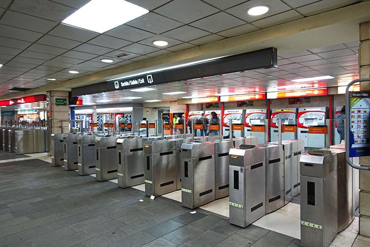 Metro-in-Barcelona