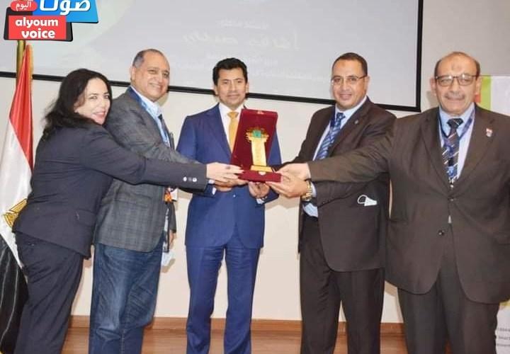 """""""صبحى"""" يفوز بجائزة رجل العام للثقافة العربية"""