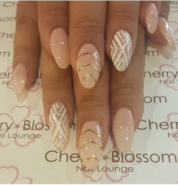 Nude-Color-With-Design-In-Almond-Shape Beautiful Almond Nail Designs