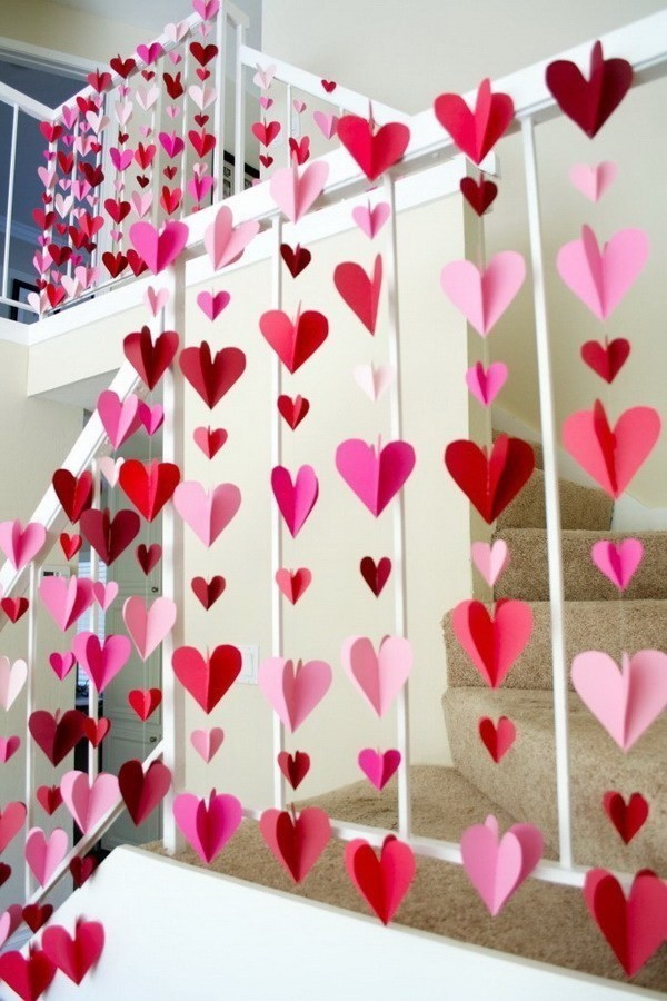 3D-Heart-Paper-Garlands Sweet DIY Valentine's Day Decoration Ideas