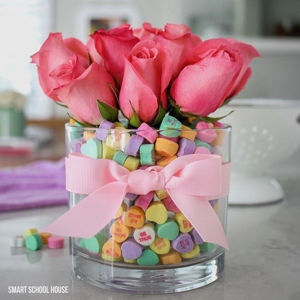 Candy-Heart-Valentine-Bouquet Sweet DIY Valentine's Day Decoration Ideas