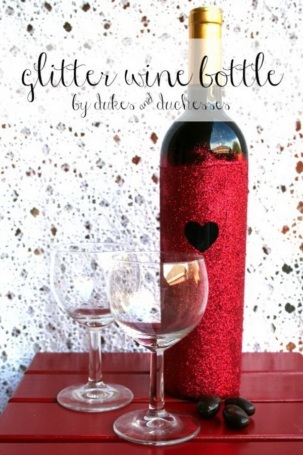 DIY-Glitter-Bottle Sweet DIY Valentine's Day Decoration Ideas