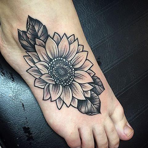 Black-And-Grey-Sunflower-Tattoo Amazing Sunflower Tattoo Ideas