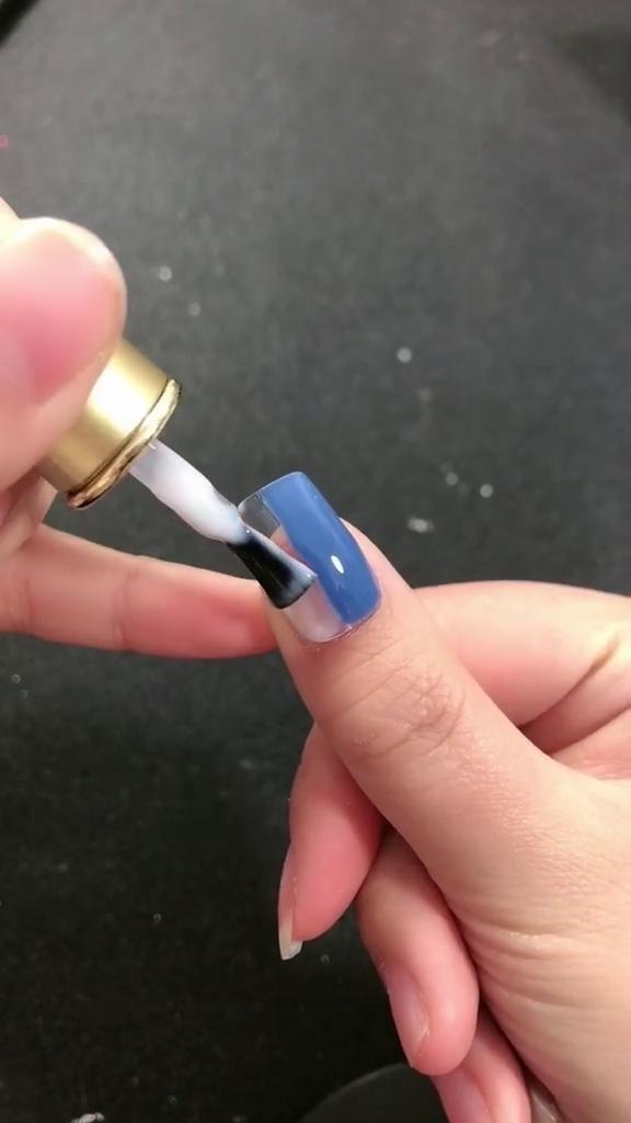 DIY-Simple-Double-color-Nail-Art-2 DIY Simple Double color Nail Art 2020