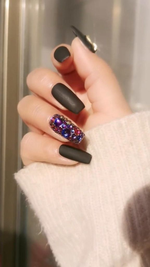 Rhinestone-Nail-Art-Ideas-10 2020 Nail Trends to Inspire Your Next Manicure #1 -  DIY Nails Compilation