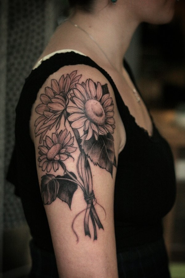 Upper-Arm-Tattoo-Design-With-A-Bouquet-Of-Sunflowers Amazing Sunflower Tattoo Ideas