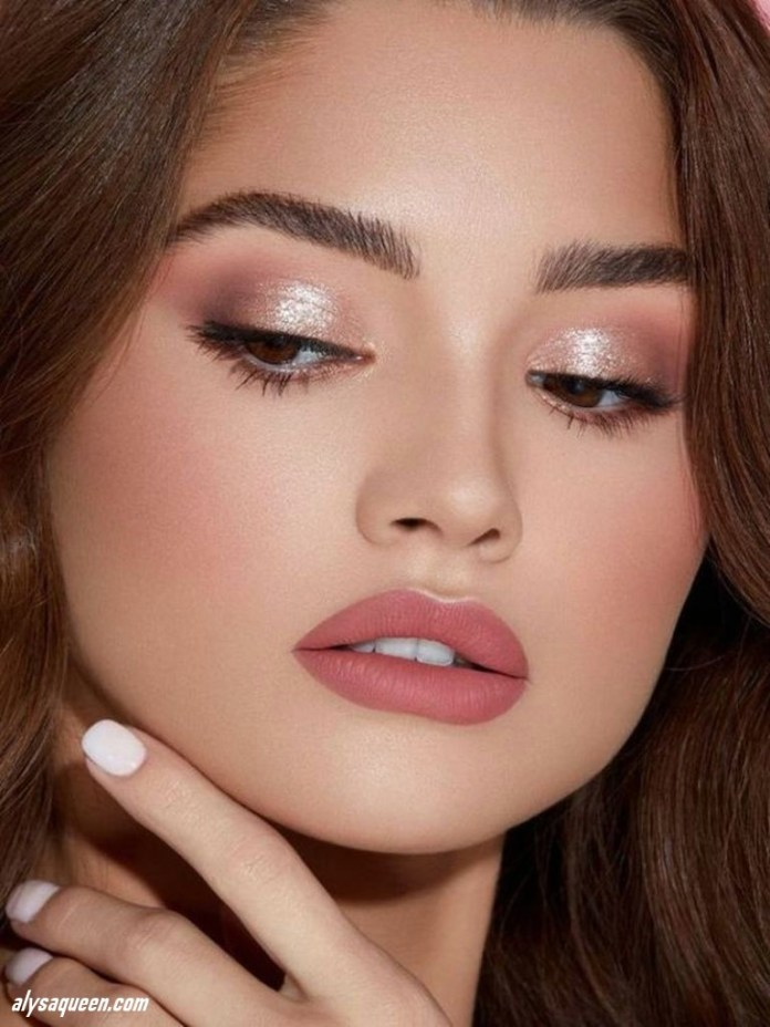 Matte-pink-lips-1 6 Steps to Apply Makeup for Beginners
