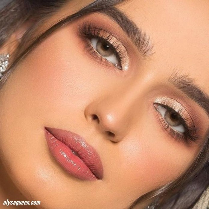 Perfect-lips-color-1 6 Steps to Apply Makeup for Beginners