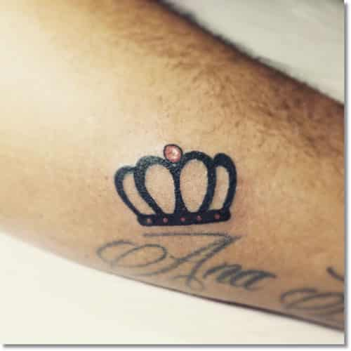 crown-tattoos-11 20 Brilliant Crown Tattoos You'll Need To See