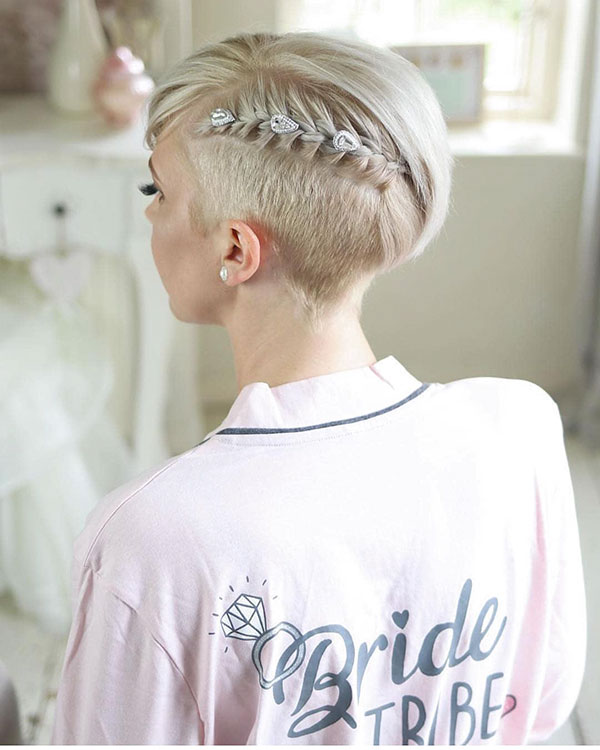 pixie-hairstyle-for-bride-1 35 Perfect Pixie Haircuts You Need to Try Immediately