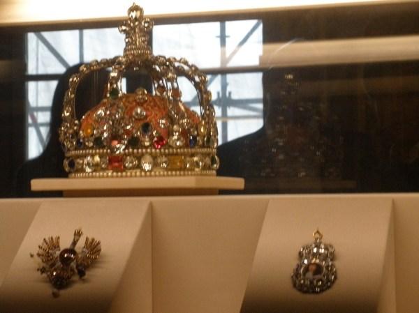 Louvre Locks Open Keys
