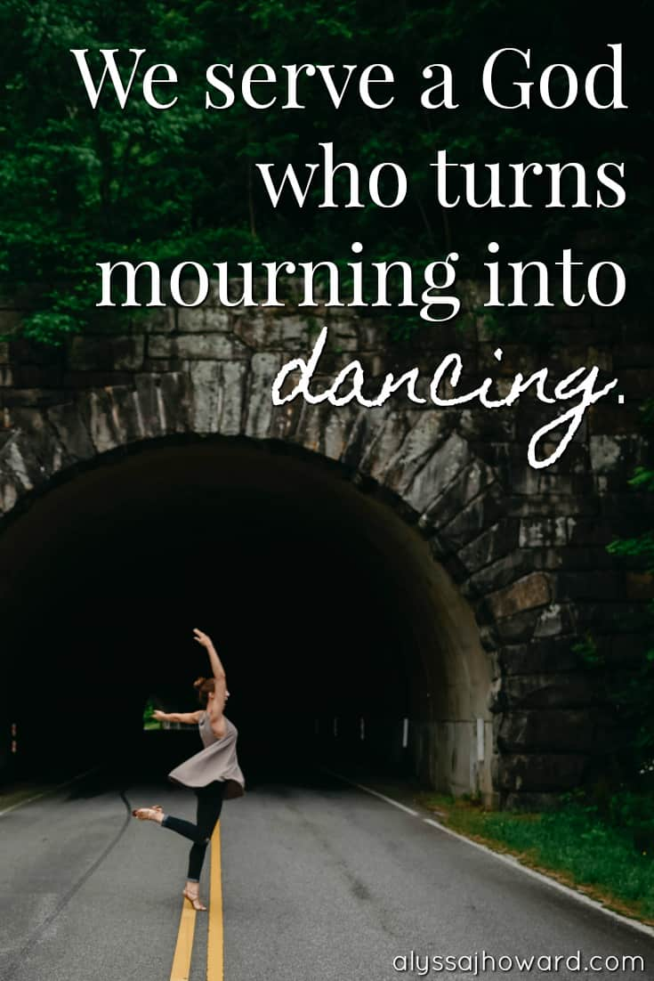 4 Truths About Suffering (and how we can rejoice in the midst of it) | alyssajhoward.com