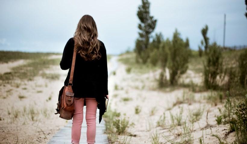 How to Live Your Life as an Overcomer | alyssajhoward.com