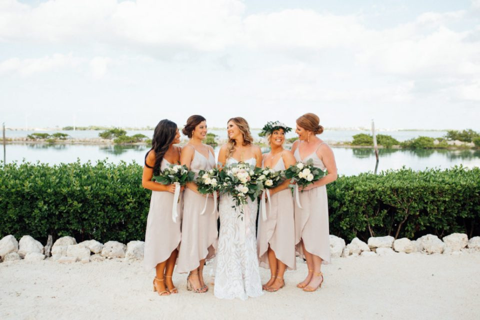 bridal party photos that don't suck