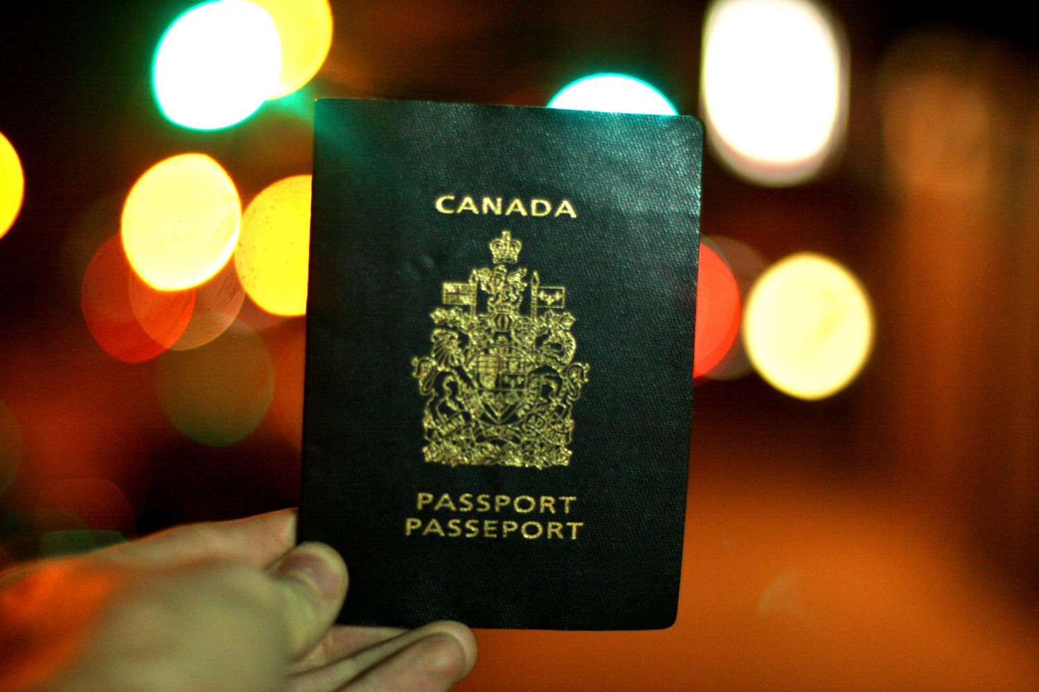 canadian passport, uk youth mobility visa, work in the UK