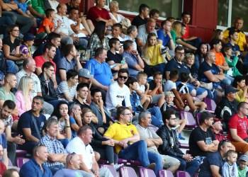 Futbolo sirgaliai Alytuje domisi ne tik vietos komanda, palaiko ir kitus Lietuvos atstovus, žaidžiančius miesto stadione