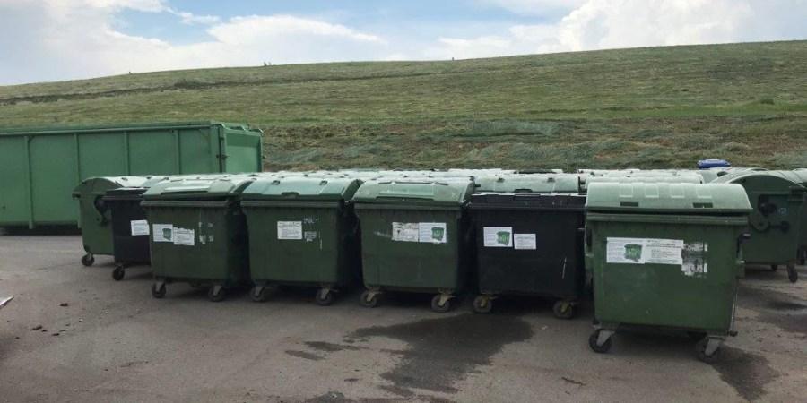 ARATC nuotraukose: Senieji konteineriai iš daugiabučių kiemų vežami į Atliekų tvarkymo technologijų parką Takniškėse