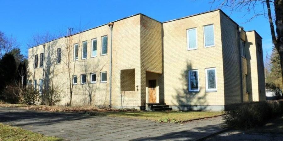 Pradinė pastato ir jam priskirto sklypo Ulonų g. 33A pardavimo kaina - 176 tūkst. 715 Eur