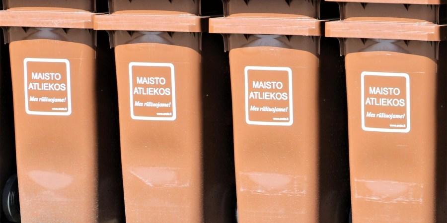 Artimiausiu metu kiekvienas individualus namas turės jau po keturių konteinerių komplektą, t. y. mišrioms komunalinėms, pakuotės, stiklo bei maisto atliekoms rinkti