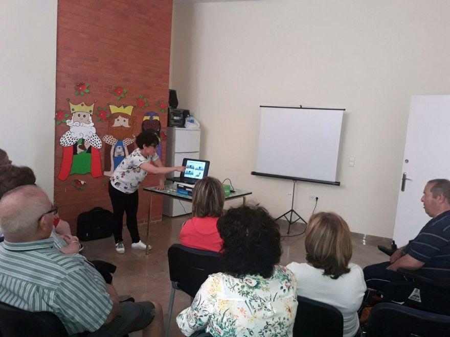 Taller movilizaciones asociación alzheimer Bigastro Acuérdate de Mí