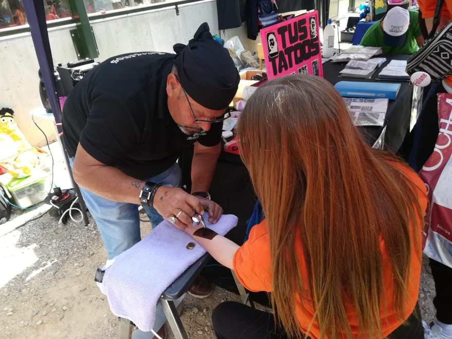 Mercadillo en la V Movida Solidaria Alzheimer Bigastro