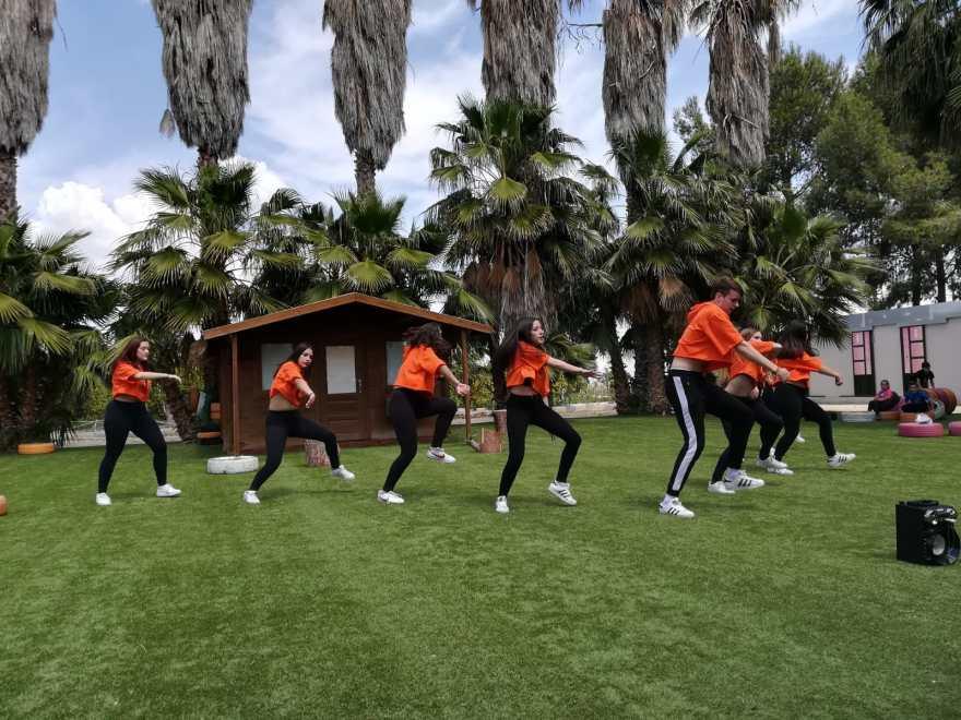 Actuación Academia Baile Marina Díaz V Movida Solidaria Alzheimer Bigastro