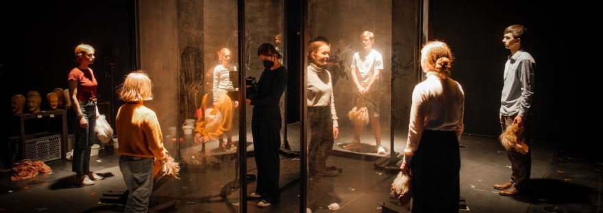 Selbstvergessen_Ensemble des Deutschen Theaters Berlin