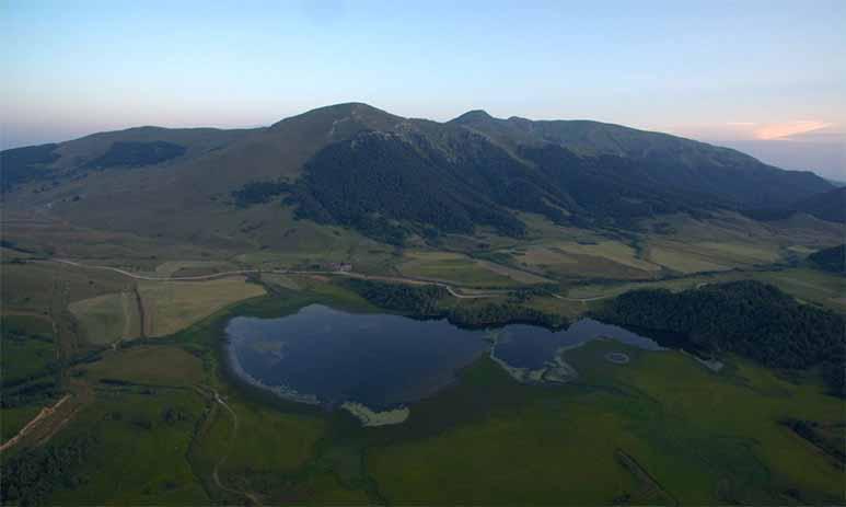Озеро-призрак Эрцо способно исчезать и появляться