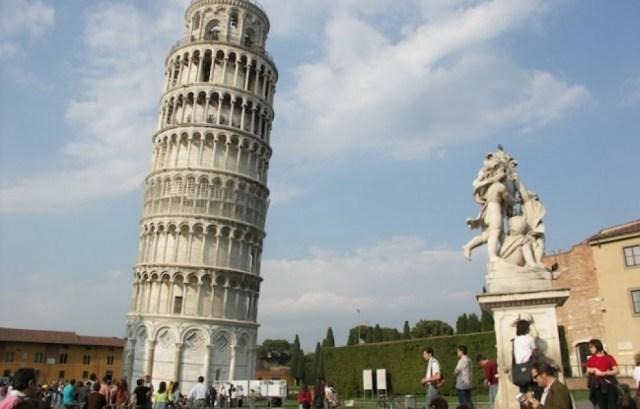 Падающие башни