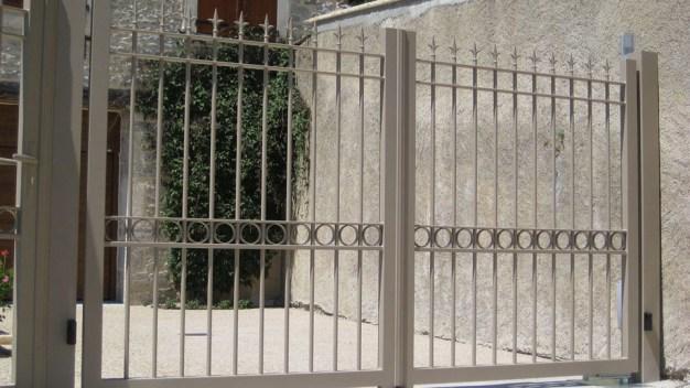 AMA-Aico-Baubigny-portail-2V-Iris