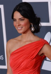 olivia munn formal hairstyle