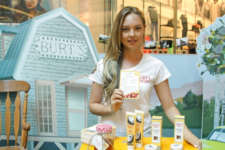 Jessica Sepel for Burt's Bees