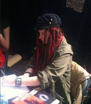 L Anna Lenz signing books at NY Comic Con Oct 2013