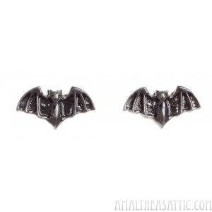 sourpuss_bat_earrings__1