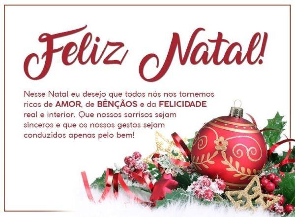 Feliz natal que sejamos ricos de amor bençãos e felicidade