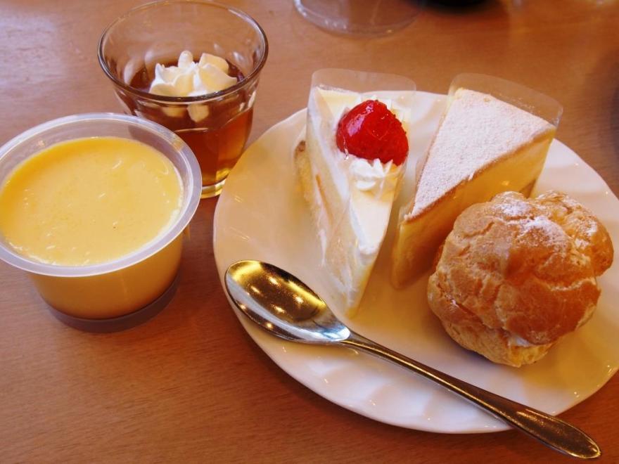アラモアナガーデン ケーキ2